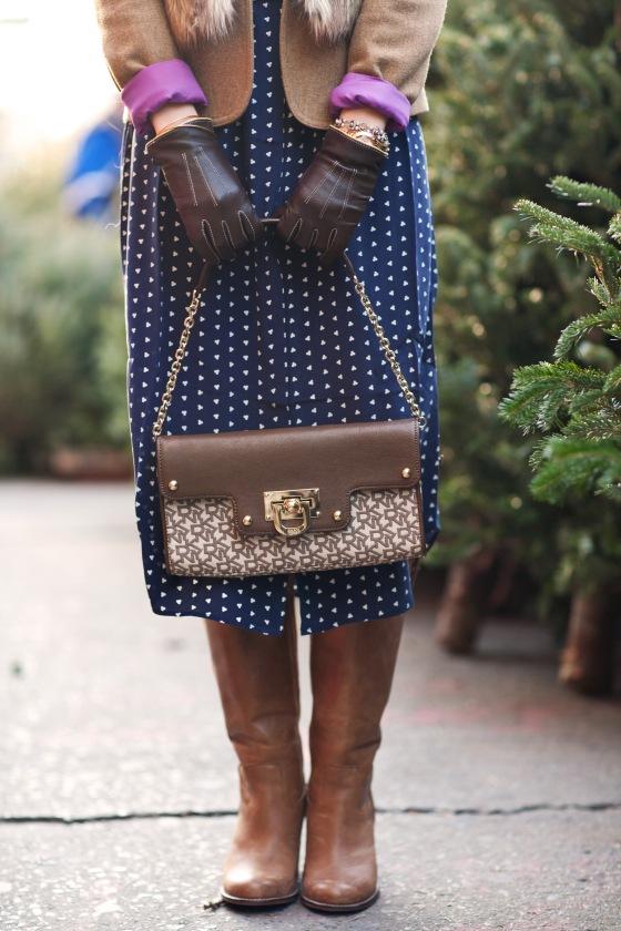 Hillary Christine, DKNY bag