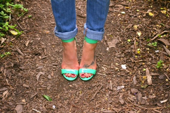 Steve Madden sandals, Spring shoes, Mint accessories