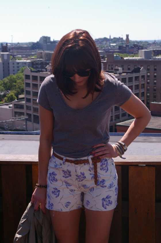Boston blogger, Summer fashion, How to wear floral shorts